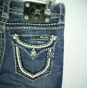 Miss Me Jeans 25 Mid Rise Boot 34 Inseam
